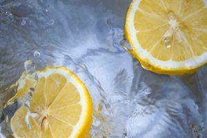 Beneficios aceite de oliva sabor limón